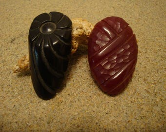 Gorgeous Heavily Carved Bakelite Dress Clips; Jet Black & Semi Translucent Red!!