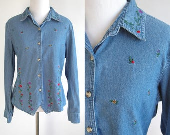 90s Floral Embroidered Blue Jean Long Sleeve Button Up - Embroidered Flowers on Denim Shirt - Floral Embroidered Collar - Size Medium