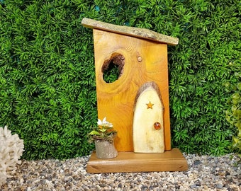 Natural Cross Cut Fairy Door with Gold Star and Fairy Flower Pot