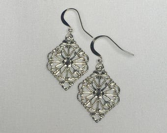 Silver Colored Delicate Filigree Earrings