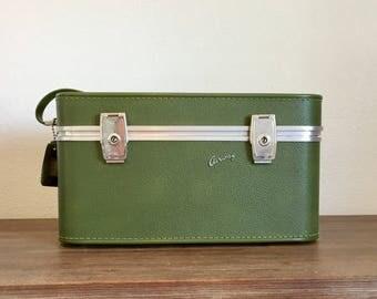 Vintage Train Case; Airway Train Case; Vintage Luggage; Make Up Case; Green Train Case; Vintage Suitcase; Cosmetics Carry On; Vintage Travel