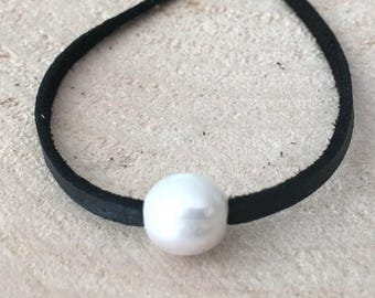 Freshwater Pearl Leather Choker