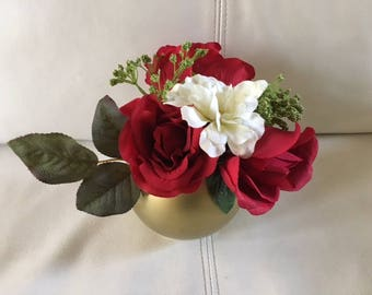 Red Rose table floral