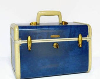 1950's Samsonite Navy and Creme Train Case