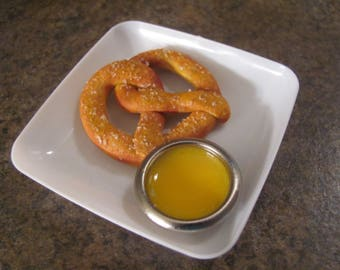 "Soft pretzel for 18""/American Girl Dolls"