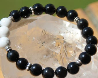 Obsidian and howlite bracelet
