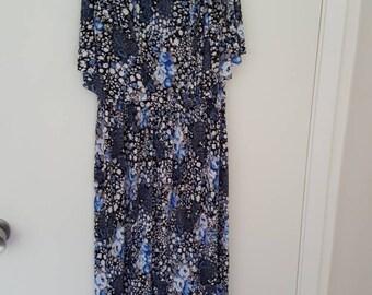 Beautiful flowy bohemian dress