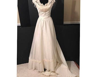 Vintage Golden Ivory Wedding Gown