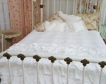 antique french 1890u0027s white iron 34 quarter bed with original railings gold ornate detail