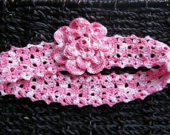 Headband crocheted pink and white head circumference 40 cm