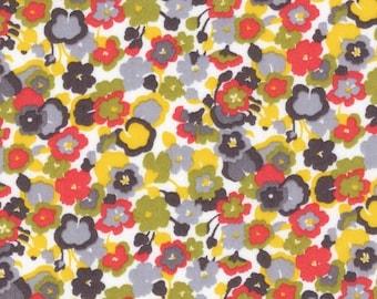 LIBERTY® fabric print Gleeson yellow 4175C / 10 cm
