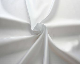 977001-Satin Polyester 100%, width 140/150 cm, made in Italy, dry cleaning, weight 230 gr