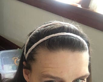 Finger knit headband
