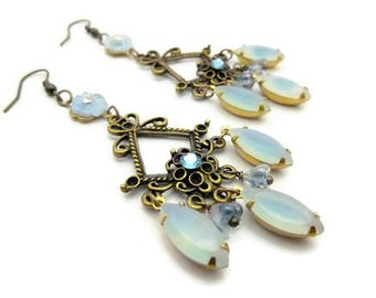 Boucles d'oreilles chandelier et pendants en verre
