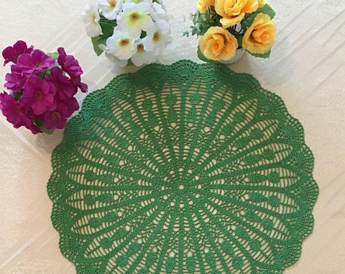 Coffee Table Doily, Table mat, Kitchen accessory, Round tablecloth, Crocheted linen, Dinner Placemat, Centerpiece Doily, Country chic décor.