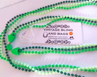 96cm vintage 1980s multi strand green  necklace, vintage green necklace, bead necklace, long green necklace, green beads, vintage necklace