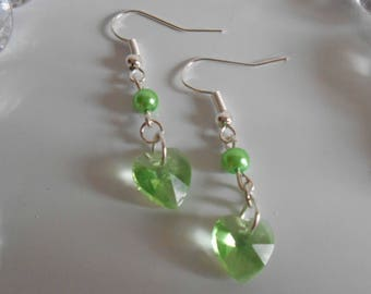 Heart and green pearls earrings