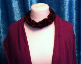 Ribbon Yarn*Wool*Twisted Fabric Cord Choker Necklace. Magnetic Fastening. Burgundy*Wine*Maroon