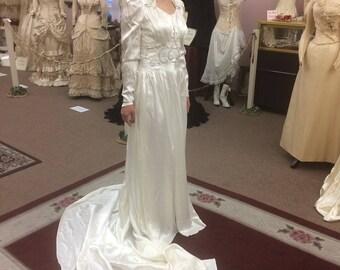 1930-40's Vintage Wedding Dress