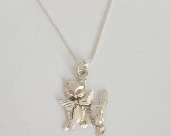 """Vintage Fine .999 Silver Cat/Kitten With Bow Necklace 18"""""""