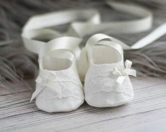 Christening Booties/Coco Baptism booties/Christening Shoes/Baptism shoes/Baby shoes/Girls Christening Shoes/Girls baby booties