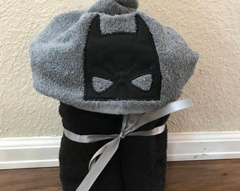 BATMAN Embroidered hooded towel