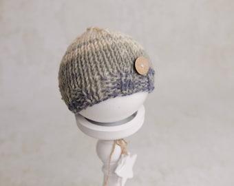 Knit newborn bonnet