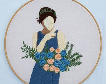 Floral:Breathing rose Embroidery,embroidery hoop,embroidery art,wall hanging,modern embroidery,contemporary,art,artist,fiber art,gift