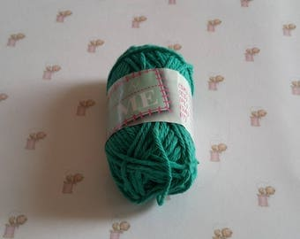 Mini amigurumi canvas green crochet cotton yarn
