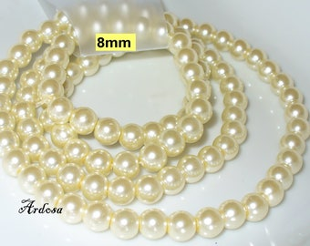 1 strand 82cm = 114 glass pearls 8 mm ivory (808.45.1)