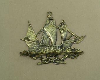 Pipe Rack - Brass - Nautical/Ship Theme - Wall Hanging - Vintage Brass
