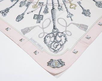 HERMES - silk scarf
