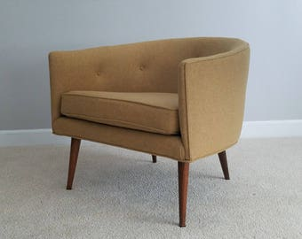 Mid Century Tub Chair   Vintage Barrel Chair