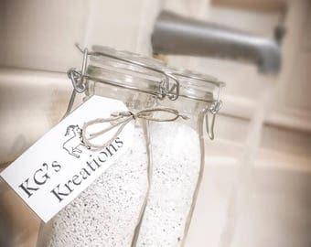 Oatmeal milk bath, handmade, milk bath, goats milk, sensitive skin, soft skin