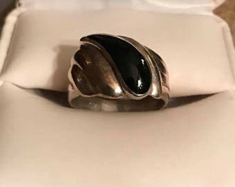 Vintage Sterling Silver Black Onyx Ring Size 6.5