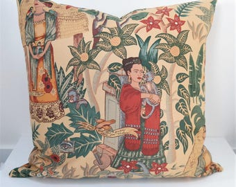 Cushion cover 20'', double-sided FRIDA'S GARDEN, fabric design Alexander Henry. Case for pillow in size 50x50 cm (20''x20''). Frida Kahlo.