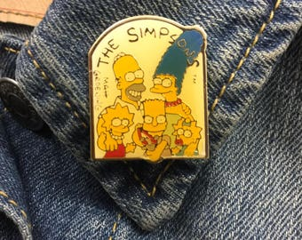 Vintage The Simpsons Lapel Pin (stock# 884) tv, animation, 90's, matt groening, bart, homer, marge, lisa,
