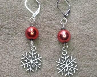 Stud Earrings, snowflake and Pearl
