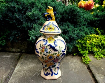 18th Century Large Delft De Porceleyne Bijl Ginger Jar / Foo Dog Vase / The Porcelain Axe / La Hache / Tin Glazed Polychrome Delft / Rare