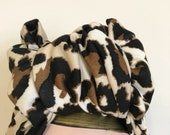 Full Coverage Leopard Print 1940s Style Turban/Headscarf with Workwear Knot.