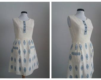Vintage 1950s dress | 50s cotton dress | embroidered 50s dress