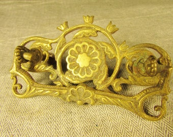 ONE Cast Brass Antique Vintage Drawer Pull Edwardian or Victorian
