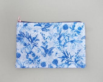 Santorini Blue Floral Travel Bag