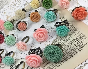 CLEARANCE Adjustable resin flower ring