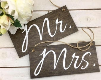 Mr and Mrs Wedding Signs-Rustic Mr and Mrs Chair Signs-Wedding Mr And Mrs Signs-Country Chic Wedding Signs-Mr And Mrs Signs