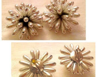 Anniversary Sale Vintage 80's Large Silvertone Cluster Earrings