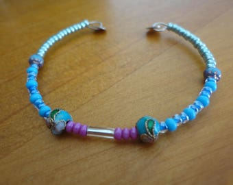 """Bracelet with seed beads and enameled """"blue"""""""