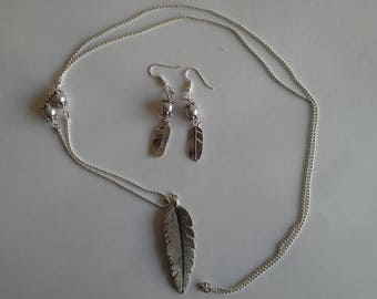 beads and silver leaf jewelry set