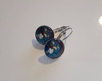 Lever back earrings silver and blue flower cabochon