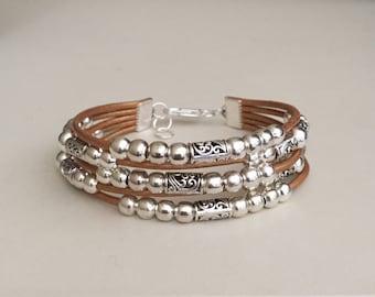 Leather  bracelet/Women's leather bracelet/Boho bracelet/Bohemian  jewelry/beaded bracelet/Fashion jewelry